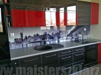 Blenda szklana w kuchni z widokiem na manhatan