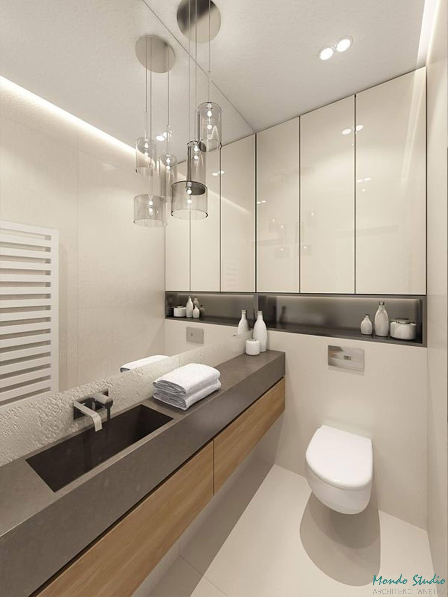 Duże Lustro W Eleganckiej łazience